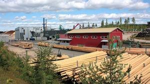 Pylvästuotantoaluetta Höljäkässä