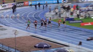 Kymmenottelun 100 metrin kilpailu Lahden urheilustadionilla