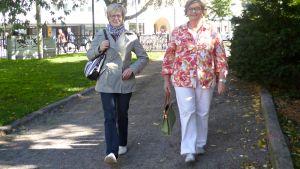 Naisten Pankin kävelytempaukseen osallistujia