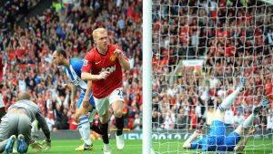 Manchester Unitedin Paul Scholes tuulettaa