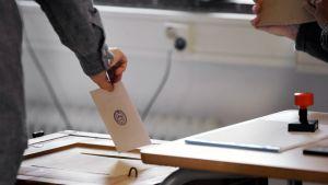 Kuntavaalien 2009 äänestyspaikka Kauniaisissa.