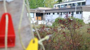 Tyysterniemen koulu Lappeenrannassa on kokonaan poissa käytöstä.
