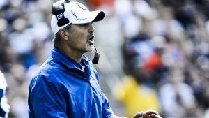 Indianapolis Coltsin valmentaja Chuck Pagano