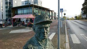 Valte-patsas Pirkkalassa
