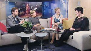 Aamu-tv:n vieraina vasemmalta lukien Mikko Rasila, Kati Vauhkonen ja Tiina Aaltonen.