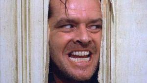 Jack Nicholson huutaa oveen hakatusta reiästä.