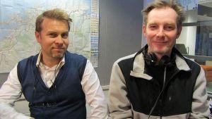 Jukka Perko ja Jukka Myllys Radio Perämeren studiossa