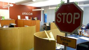 Mainostoimisto Avalonin Kemin toimisto Pohjolan Sanomien talossa.