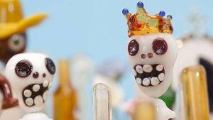 Lasiminiatyyri Susanna Koskenmäen näyttelystä Miniaturas mexicanas de vidrio