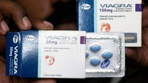 Viagra-pakkauksia.