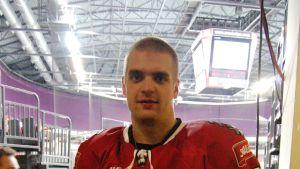 Jokipoikien Vitlijis Pavlos kävi pelaamassa Latvian maajoukkueen mukana marraskuussa 2012