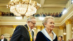 Presidentti Martti Ahtisaari ja Eeva Ahtisaari.