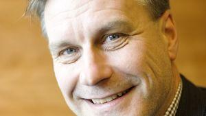 Heikki Hellman.