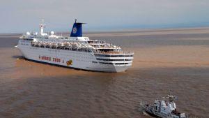 Atlantic Star -alus, silloiselta nimeltään Sky Wonder, sai pohjakosketuksen Argentiinan rannikolla tammikuussa 2007.