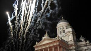 Senaatintorin vuoden vaihteen ilotulitusta 31. joulukuuta 2011.