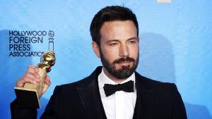 Affleck pitelee Golden Globe -patsasta.