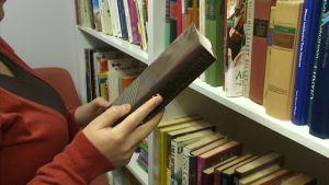 Imatra,kirjojen kierrätys,Mäentaus,asukasyhdistyksen kirjasto
