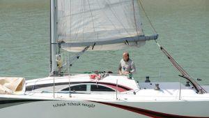 Ranskalaispurjehtija Alain Delord kuvattuna Les Sables d'Olonnen satamassa heinäkuussa 2012.