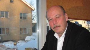 Kansanedustaja Jukka Kärnä (sd.)