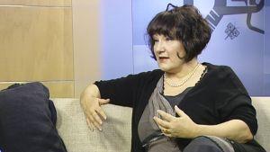Monika Fagerholm Aamu-tv:ssä
