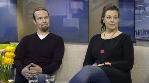 Petteri Summanen ja Petja Peltomaa Aamu-tv:ssä