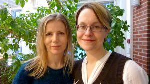 Kirjailijat Hanna van der Steen (oik.) ja Netta Walldén
