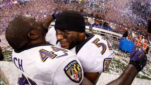 Vonta Leach ja Ray Lewis juhlivat Super Bowlia.