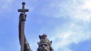 Alfred Suuren patsas Winchesterissä.