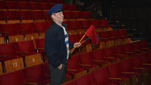 Näyttelijä Tatu Siivonen Che - hän elää!? -näytelmän harjoituksissa.
