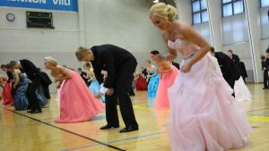 vanhojen tanssit