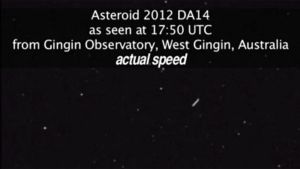 Nasan videokuvasta otettu kuvakaappaus asteroidi DA14:sta