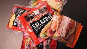 Kuvassa markkinoilta vedettyjä Poutun tuotteita.