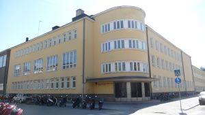 Porin Suomalaisen Yhteislyseon koulu