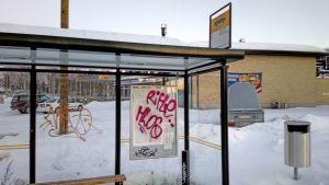 Töhritty bussipysäkki