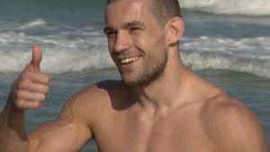 Vapaaottelija Anton Kuivanen rannalla
