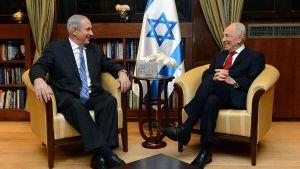 Israelin pääministeri Benjamin Netanjahu ja presidentti Shimon Peres.