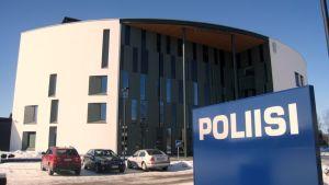 Suomen uusin poliisitalo, Miekkalinna on otettu käyttöön Hämeenlinnassa