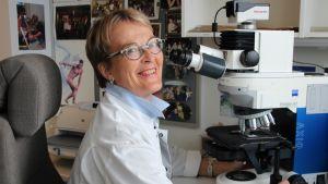 Patologian ylilääkäri Helena Malinen.jpg