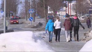 Kiteen kaupungin raitti talvella 2013.