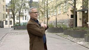 Näyttelijäliiton puheenjohtaja Mikko Hänninen.