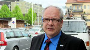 Kaj Turunen toimii puolueen sote-ryhmässä.
