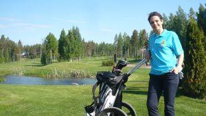 Anna-Liisa Tilus Kummit Golfissa Hämeenlinnassa
