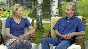 Kanttori Jenni Urponen ja muusikko Pekka Nyman.
