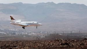 Bolivian presidentti Evo Morales teki koneineen välilaskun Las Palmasin lentokentälle 3. heinäkuuta 2013 hieman sen jälkeen, kun kone oli tehnyt välilaskun Wieniin.