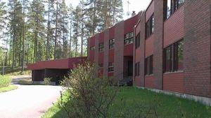 Entinen hotelli Menninkäinen.
