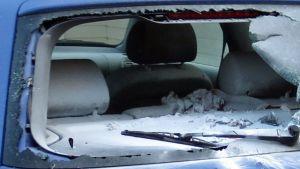 Rikottu auto
