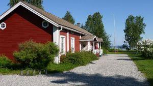 Eino Leino -talo Kajaanin Paltaniemellä.