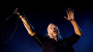 Brittiartisti Thom Yorke lavalla Oeirasissa, Portugalissa, heinäkuussa 2012.