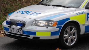 Ruotsalaisen poliisiauton keula