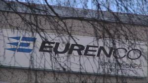Kuvassa kyltti Eurencon tehtaasta.